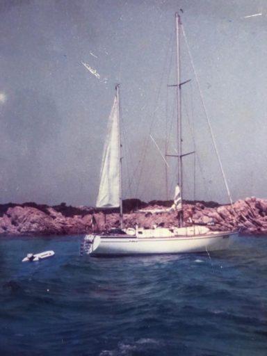Story-hotel-Paba-family-boat-yacht